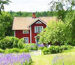 Schwedenurlauber lieben die idyllischen roten Häuschen