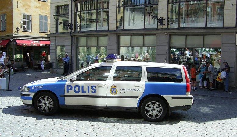 Schwedenbild von einem Polizeiwagen
