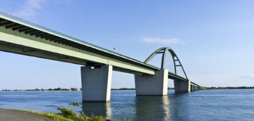 Fehmarnsundbrücke & Fähre von Fehmarn nach Dänemark