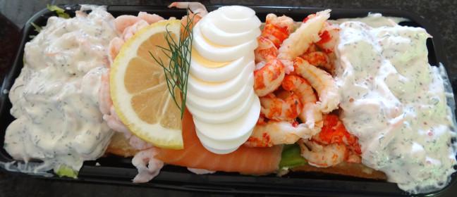 Schwedische Lebensmittel: typisches Krabbenbrot
