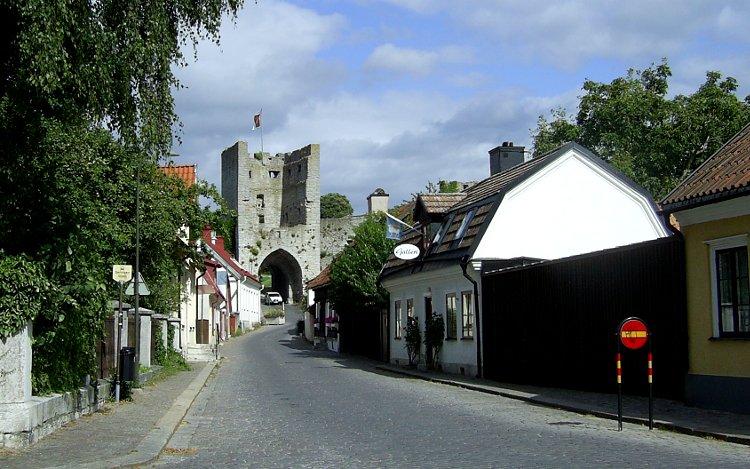 Visby: Stadtbefestigung mit Tor